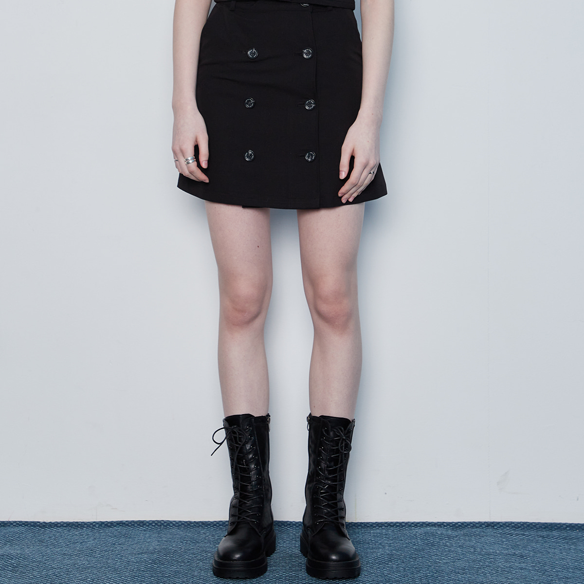IN BUTTON SKIRT(BLACK)